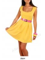 Kleita ar kroku svārki. Krāsa dzeltena